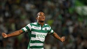 FC Porto lança ataque a Carrillo