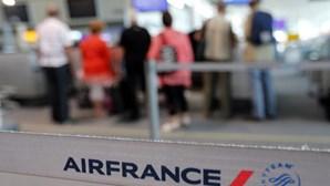 Greve da Air France cancela cinco voos de e para Lisboa