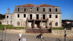 Primeiras obras na casa de Aristides Sousa Mendes