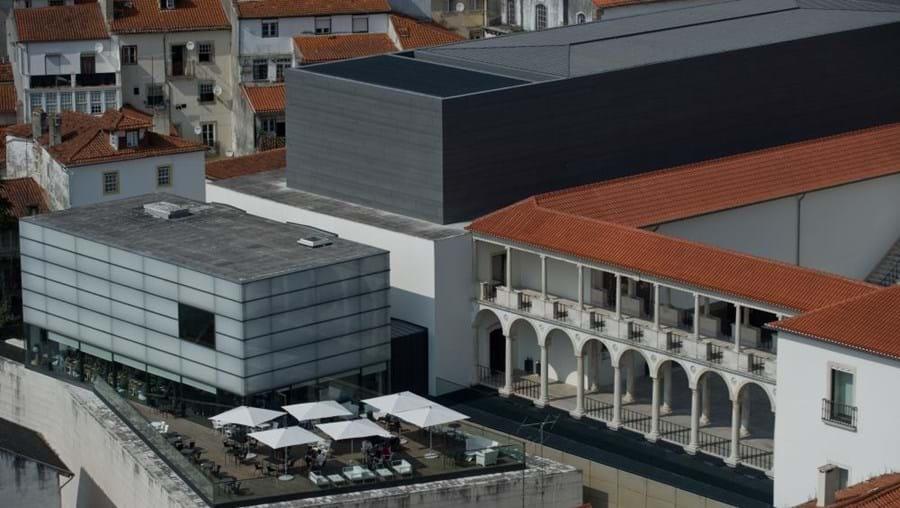 Vista da Torre da Universidade sobre o Museu Machado de Castro, em Coimbra