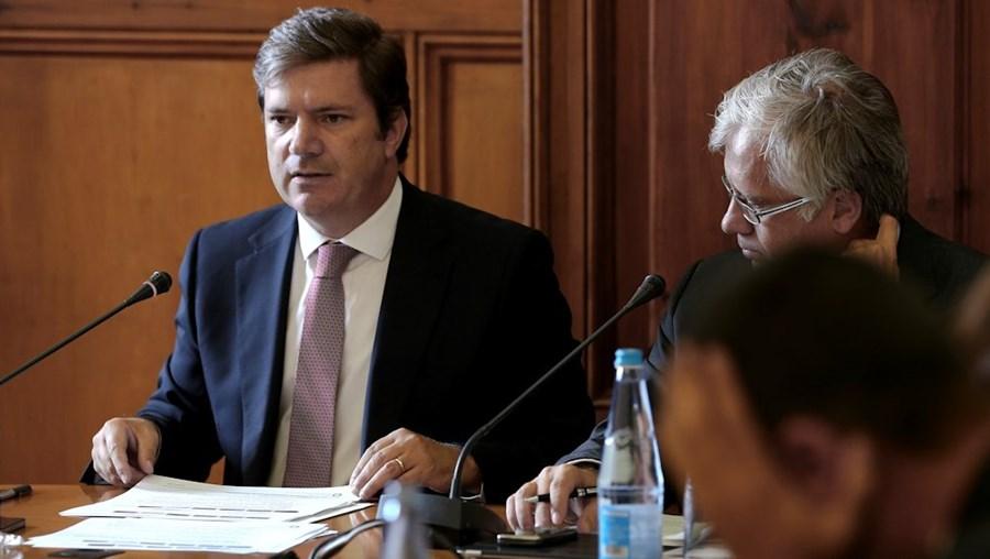 Paulo Núncio diz que a entrada dos novos mil inspetores do Fisco não ficará para o próximo Governo