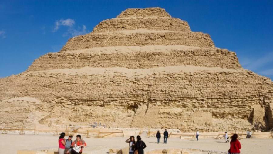 Ministro egípcio afirma que as obras de recuperação estão a correr bem