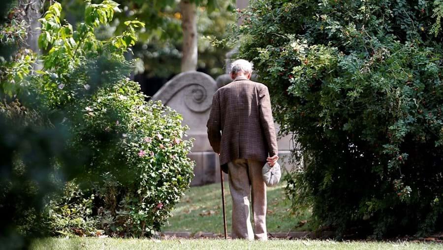 Sintomas são muitas vezes confundidos com o envelhecimento