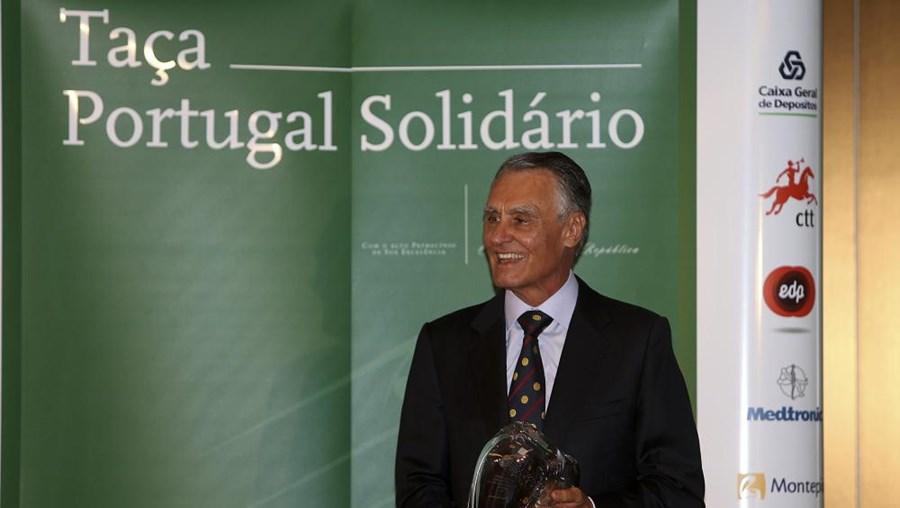"""O Presidente da República, Cavaco Silva, no jantar  do 8º torneio de golfe """"Taça Portugal Solidàrio"""", em Albufeira"""