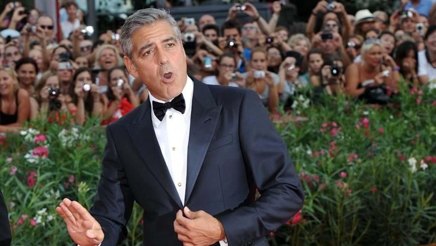 Clooney vai voltar a ocupar um lugar atrás das câmaras