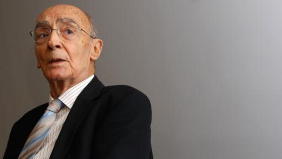 José Saramago escreveu o conto 'A Viagem do Elefante'