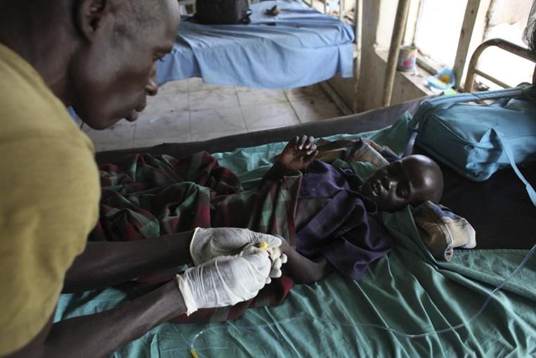 A malária vitima cerca de 1 milhão de pessoas anualmente. Os países mais afectados são Burkina Faso, Guiné Equatorial e Níger