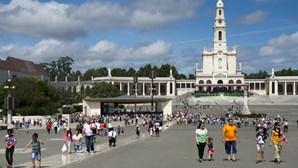 Arcebispo de Goa e Damão preside a missa em Fátima