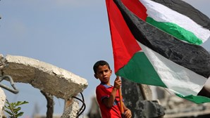 Palestinianos pedem quatro mil milhões de dólares