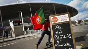 Emigrantes portugueses apoiam seleção em França