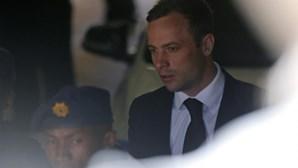 Família de Oscar Pistorius aceita veredicto