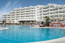 Turistas alemães e portugueses ajudaram a aumentar a taxa de ocupação da hotelaria algarvia
