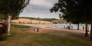 17º: Bragança vai contar com 25 graus de temperatura máxima (na imagem, a praia fluvial da Albufeira do Azibo, no distrito de Bragança)