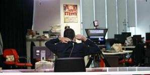 Enquanto o Manhã CM decorre em estúdio, as noticiários são apresentados na redação do Correio da Manhã