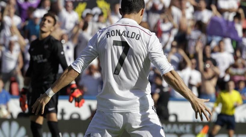 Ronaldo nomeado para autor do melhor golo da liga espanhola ... d5e03865a88ad