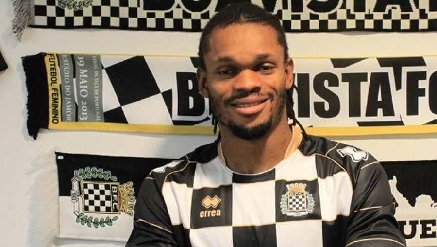 Jogador nigeriano esteve presente no Mundial 2014, no Brasil