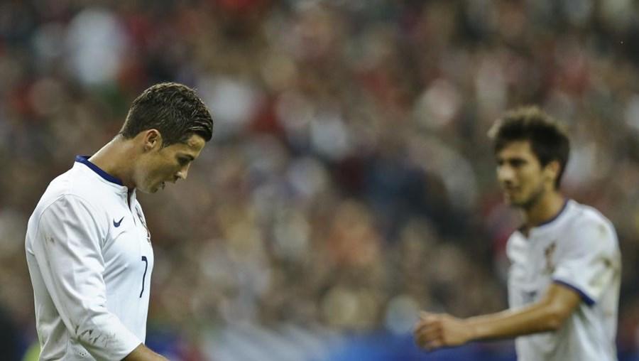Portugal perdeu em França por 2-1