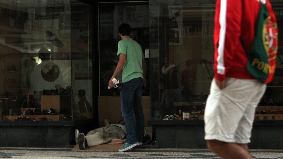 Portugal era em 2011 o nono país da União Europeia com uma taxa de risco de pobreza mais elevada