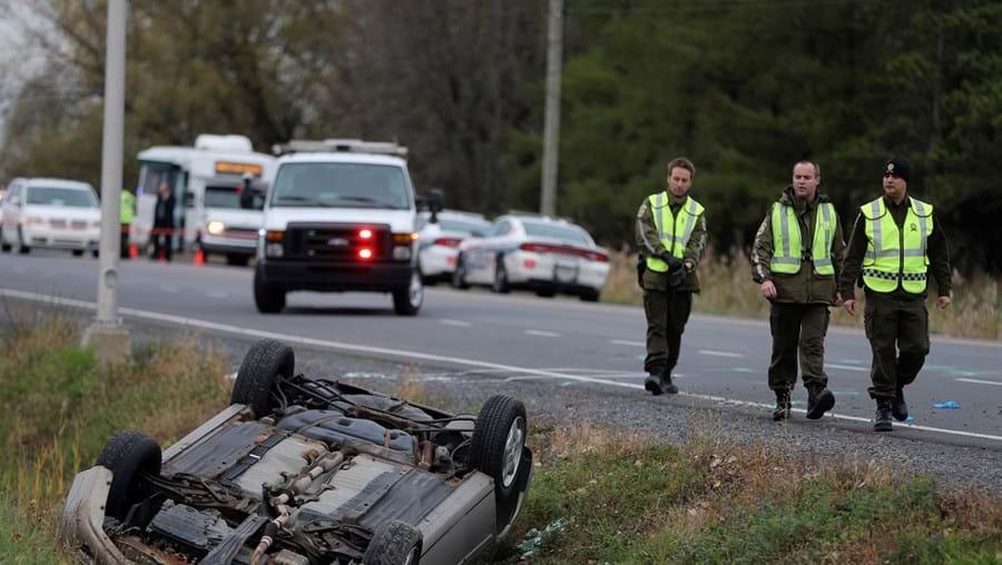 O carro do fugitivo só se imobilizou depois de se despistar numa curva