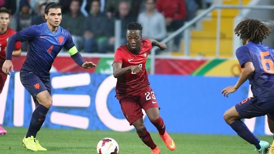 A seleção conquistou o apuramento para o Europeu com um percurso cem por cento vitorioso