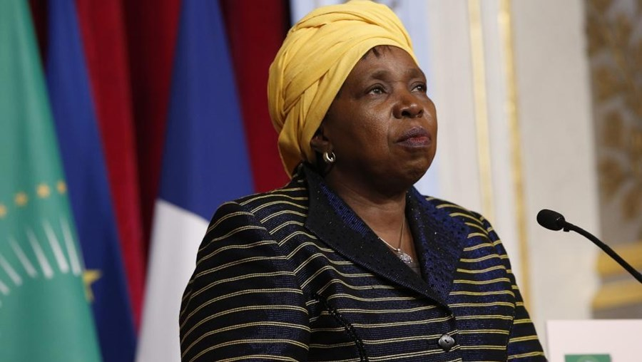 Nkosazana Dlamini-Zuma desloca-se à Guiné-Conacri, Serra Leoa e Libéria
