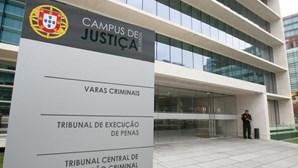 Vistos gold: António Figueiredo no tribunal