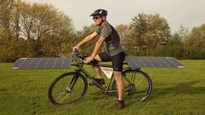 Bicicleta movida a luz solar