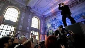 James dão concerto em estação do Porto