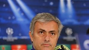 José Mourinho nega possibilidade de Chelsea contratar Messi
