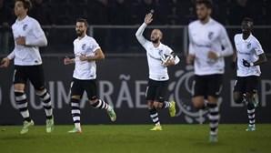 Guimarães isola-se provisoriamente no comando da Liga