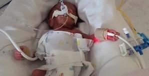Até ao dia da morte de Margarida, a família portuguesa esteve a aguardar uma vaga no Hospital Latifah, no Dubai, onde o pagamento diário era mais barato do que o cobrado pela unidade privada onde a bebé estava internada