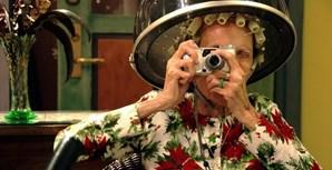 A maioria das idosas fotografadas tem mais de 70 anos