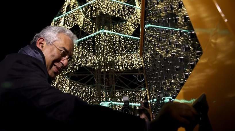 f61116fce2c Árvore solidária e projeções de vídeo no Terreiro do Paço marcam Natal em  Lisboa