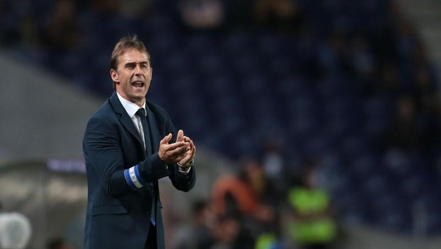 """Lopetegui disse que o FC Porto está a preparar o regresso """"com a expetativa de fazer um bom jogo"""""""