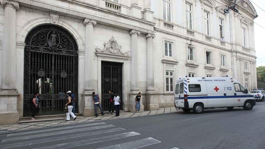 Tribunal da Relação de Coimbra confirmou pena efetiva para filho que bateu na mãe