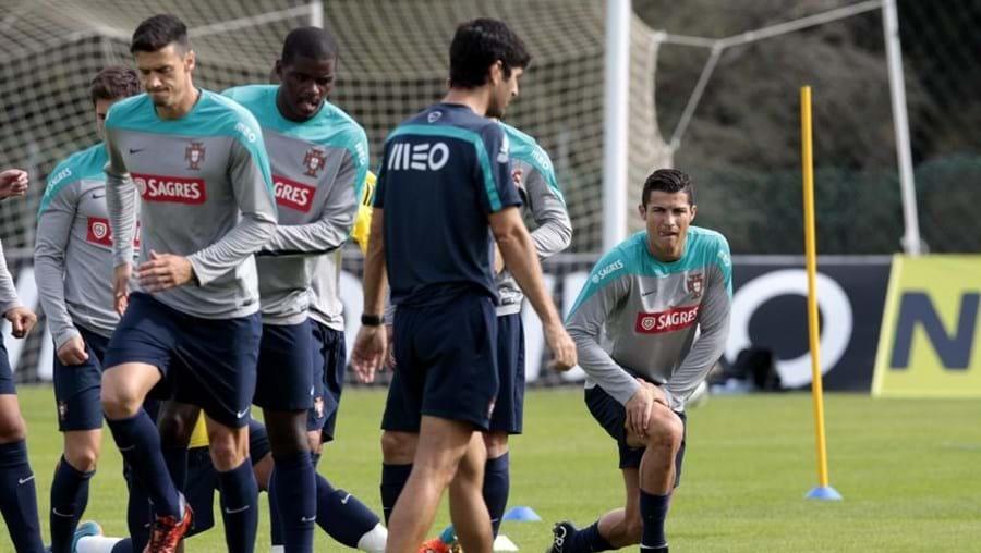 Portugal defronta a Argentina esta terça-feira, num particular marcado para Old Trafford.