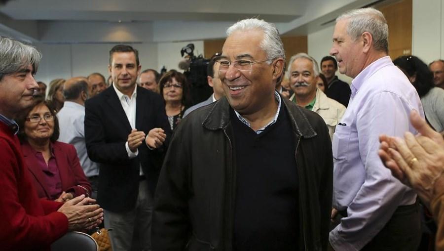 António Costa falava durante um encontro com militantes, em Faro