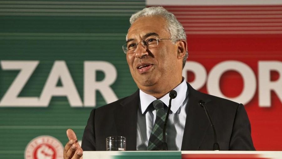 Costa apelou aos militantes do PS para que não confundam a sua solidariedade com a ação política do partido