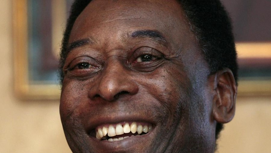 Pelé tem 74 anos e foi internado após os médicos detetarem uma infeção abdominal e urinária