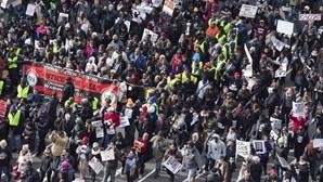 Milhares desfilam em Washington contra violência racial