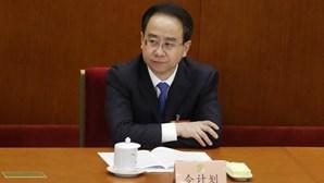 Campanha anticorrupção na China já 'abateu' 56