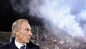 Cagliari anuncia saída do treinador Zdenek Zeman