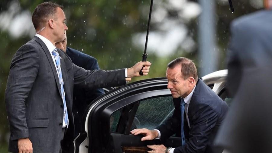 """Tony Abbott afirma que se pode """"considerar provável"""" um novo ataque"""