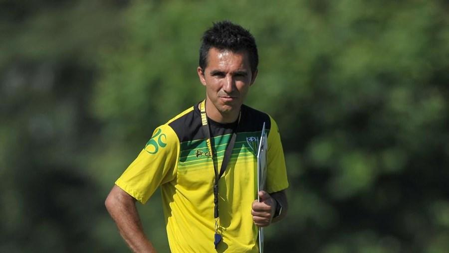 Carlos Pinto vai ser o novo treinador do Desportivo de Chaves