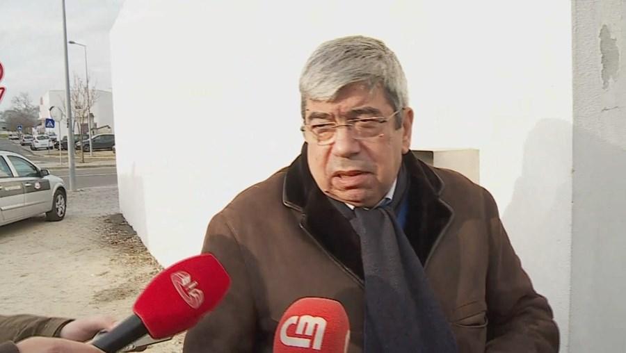 Ferro Rodrigues visitou na tarde desta terça-feira José Sócrates na cadeia de Évora