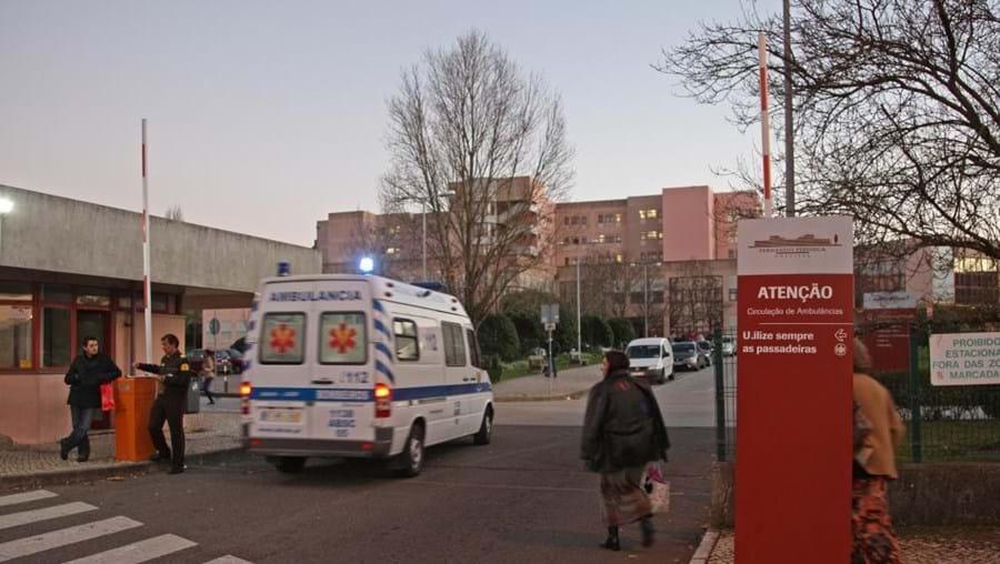 O Hospital Amadora-Sintra foi autorizado a contratar 10 médicos a empresas prestadoras de serviços