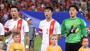 Seleção chinesa de futebol dá alegria aos adeptos