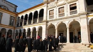 Universidade de Évora cria centro de línguas