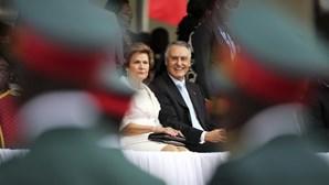 """Cavaco anuncia """"mais um passo"""" na cooperação com Moçambique"""
