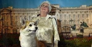 Sósia da rainha Isabel II no 'Westminster Kennel Club Dog Show' com um cão de raça welsh corgi